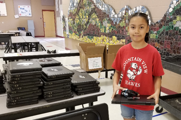 School Connect Partnership Donates 130 Laptops to WESD Families